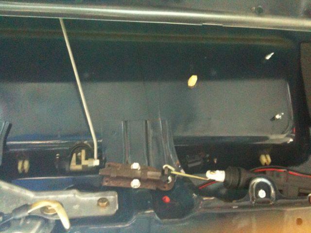 Polo land afficher le sujet verrouillage central - Moteur de verrouillage de porte de voiture ...